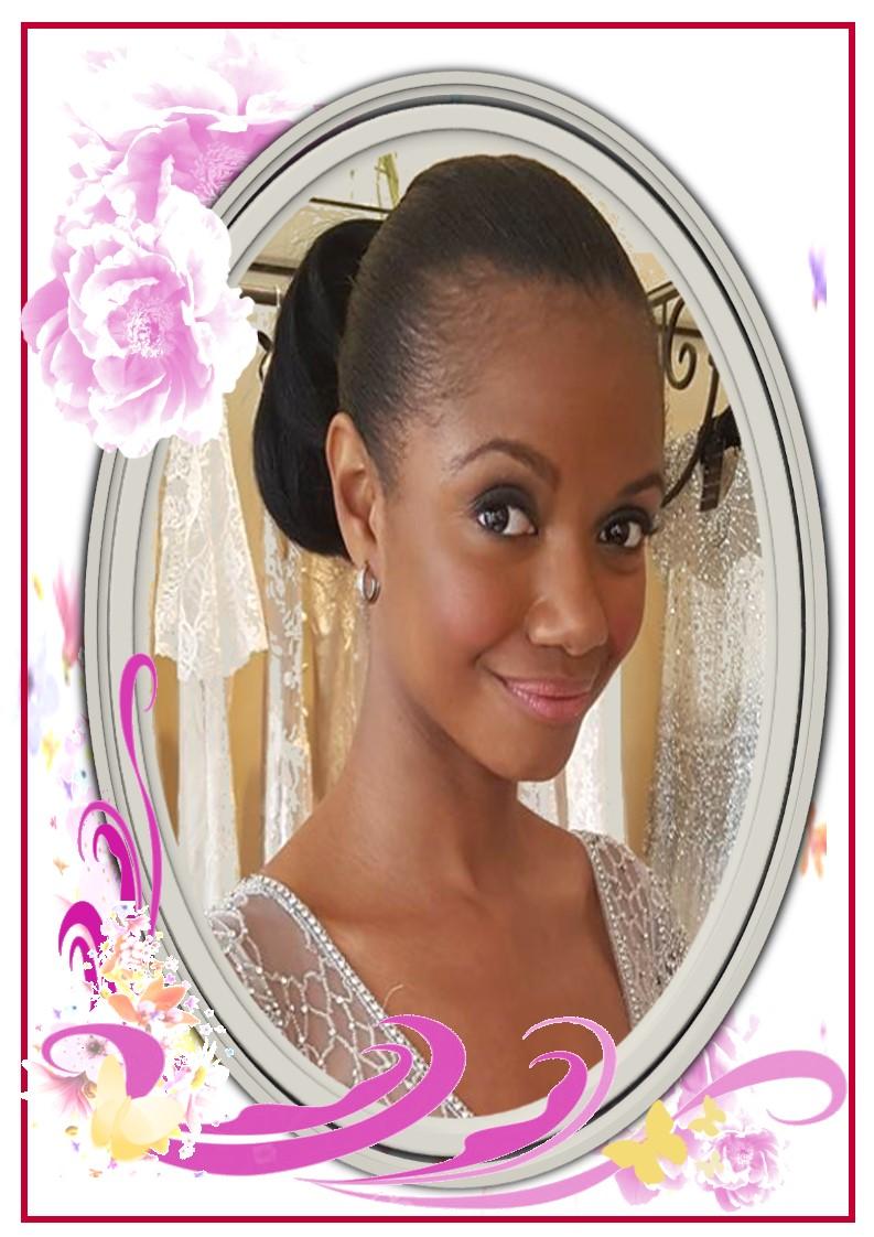 Ms Robyn Henry